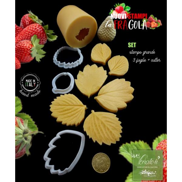 Venatore in silicone FRAGOLE 1 Frutto grande + 3 foglie con cutter abbinati - ITA